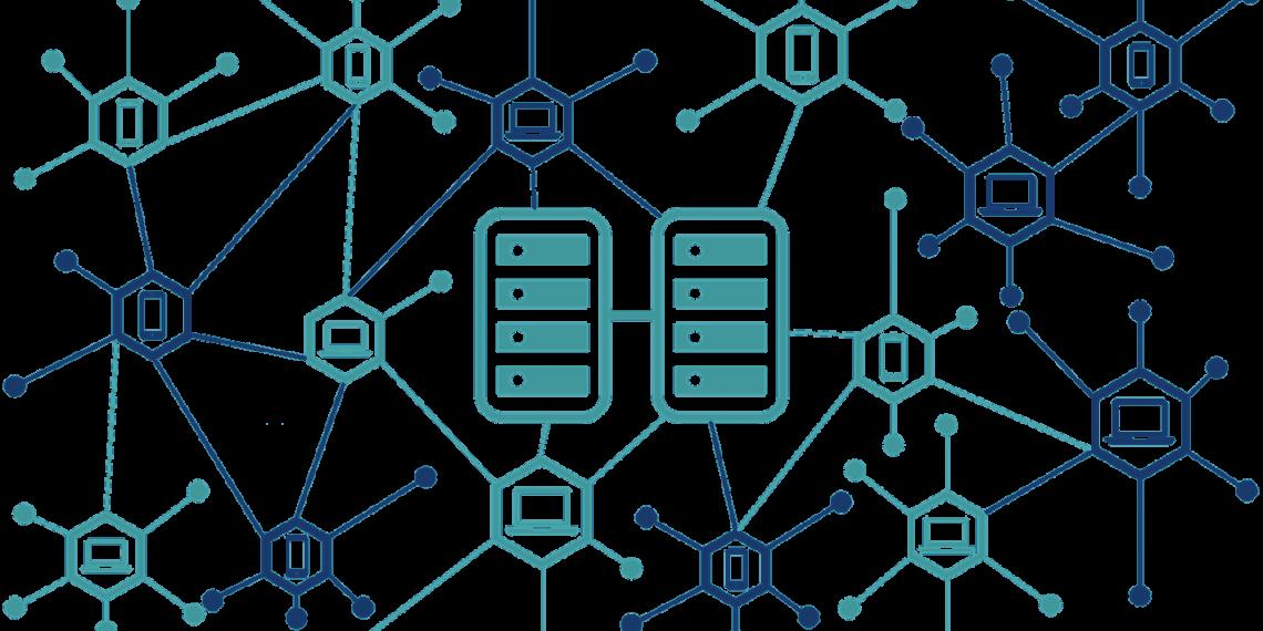 centralized decentralized